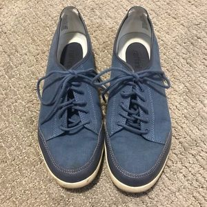 Blue business work shoe